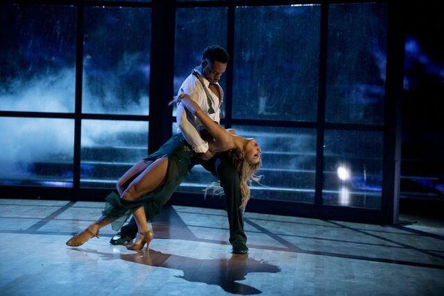 File:Rashad and Emma S24 Week 10 Finale Night 1 Viennese Waltz 3.jpg