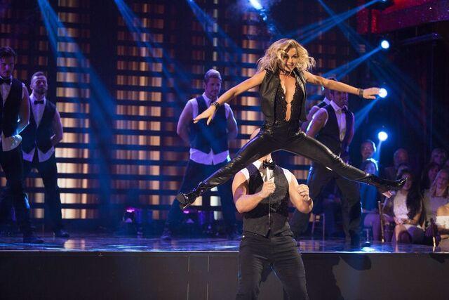 File:David and Lindsay S24 Week 10 Finale Night 2 Jazz Encore 2.jpg