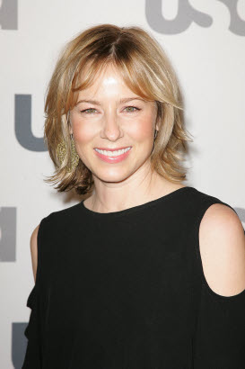 File:Traylor Howard.jpg
