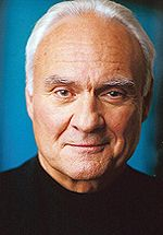 File:Kenneth Welsh.jpg