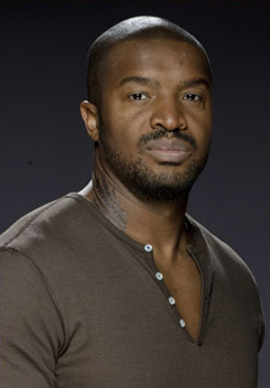 File:Roger Cross2.png