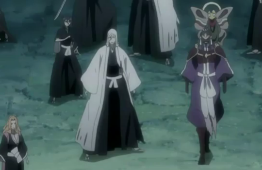 File:Ukitake sees senbonzakura and other spirits leave thier masters.png