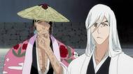 Kyoraku and Ukitake ponder over Byakuya's mood