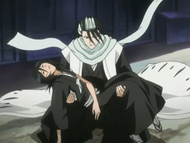 Byakuya catches his sister
