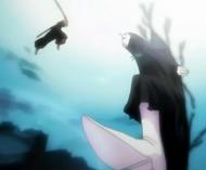Ichigo attacks Menos Grande