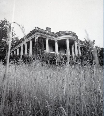 File:Old House 3.jpg