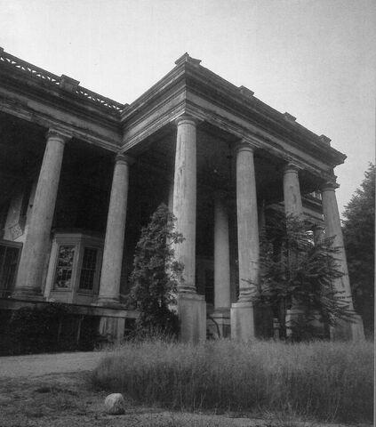 File:Old House 5.jpg