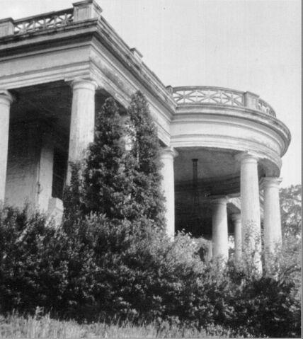File:Old House 2.jpg