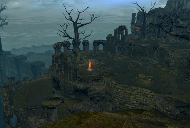 Arquivo:Firelink shrine02.jpg