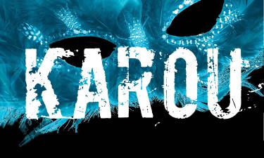 File:Kick Ass Chicks Banner Sticker Karou Daughter of Smoke & Bone Laini Taylor.jpg