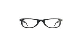 Glasses with thick frames (P-W)