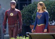 Flash/Supergirl
