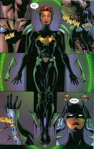 File:Batgirl (Realism).jpg