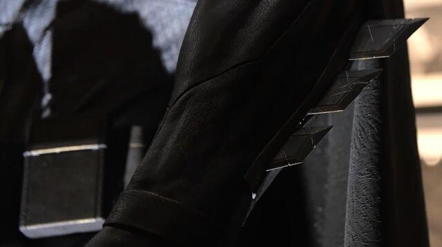 File:Batsuit guantlets.jpg