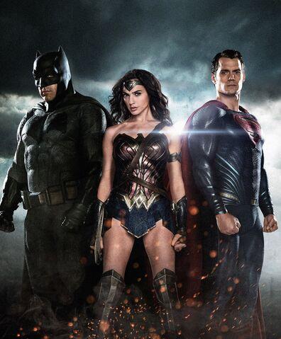 File:Total Film - Batman v Superman Dawn of Justice textless cover.jpg