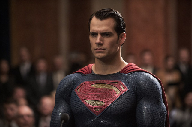 File:Superman standing strong.png