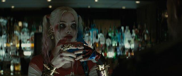 File:Harley at the Bar.jpg