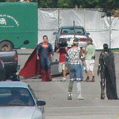 Henry Cavill (Superman) and Antje Traue (Faora) on set.