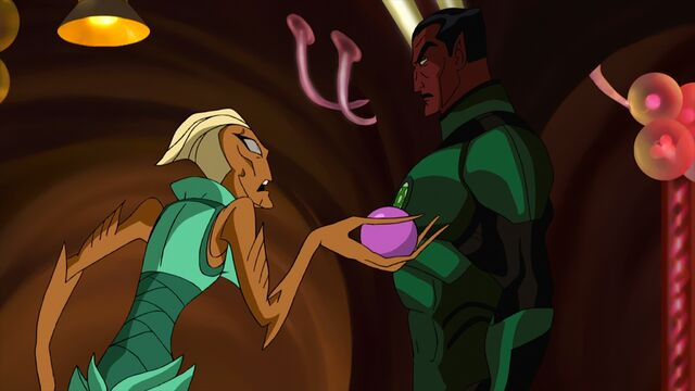 File:Labella and Sinestro.jpg