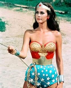 Lynda carter-wonder-woman-golden-lasso1