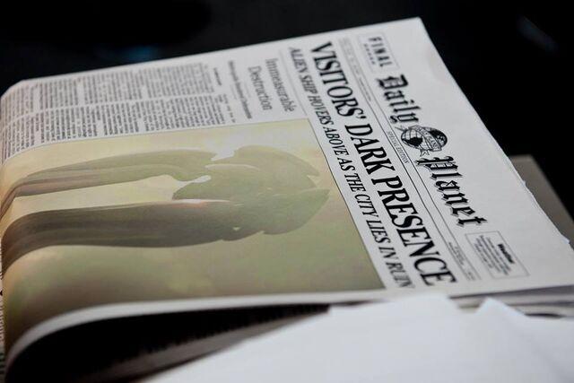 File:Daily Planet newspaper 02.jpg
