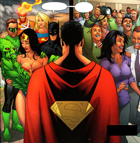 File:SupermanFriends.jpg