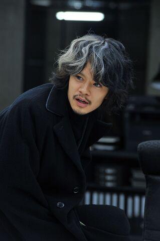 File:LNW Ryuzaki promo 3.jpg