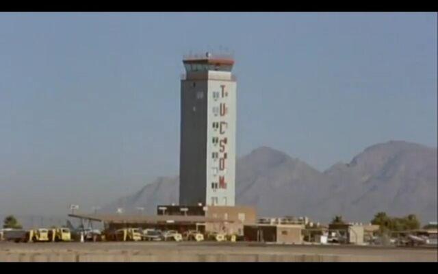 File:Tucson Airport.jpg