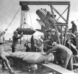 250px-15in howitzer Menin Rd 5 October 1917.jpg