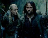 Legolas-and-Aragorn-aragorn-and-legolas-7669696-512-406