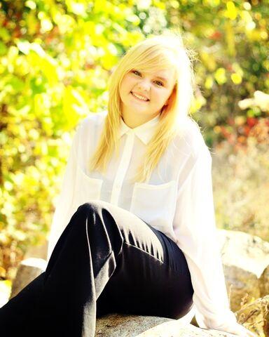 File:Katie's senior pic!.jpg