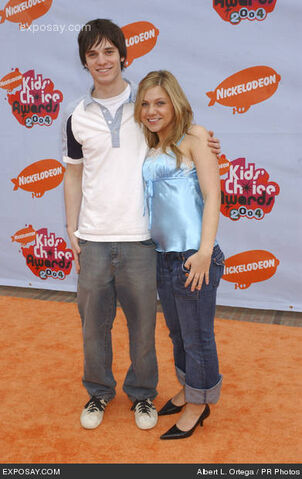 File:Jake-epstein-and-lauren-collins-17th-kids-0Lugi0.jpg