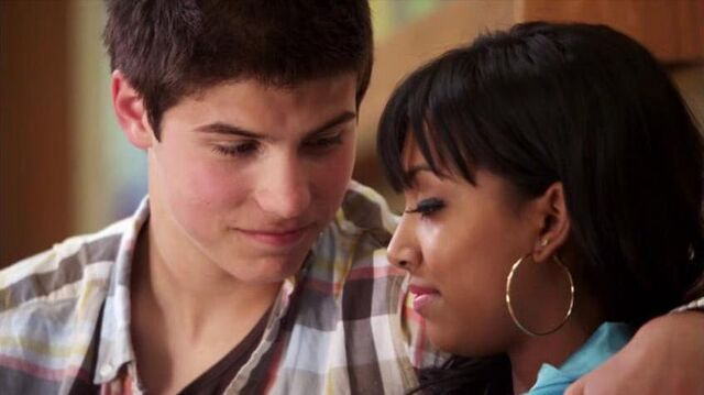 File:Alli-and-Drew-degrassi-couples-18077829-846-475.jpg