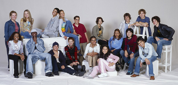 File:625x300-degrassi-s3-group.jpg