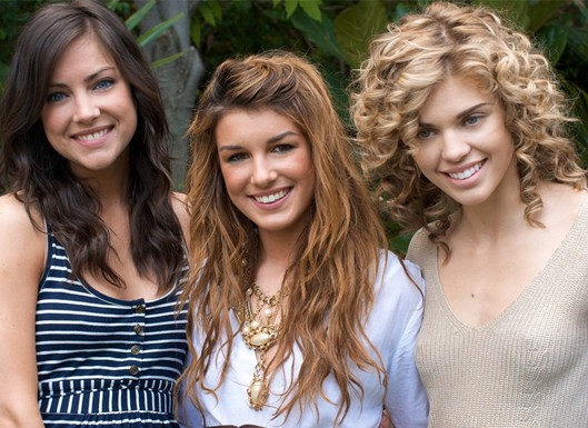 File:90210 girlies.jpg