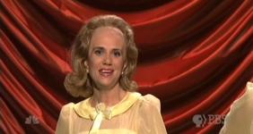 File:SNL Kristen Wiig - Dooneese.jpg