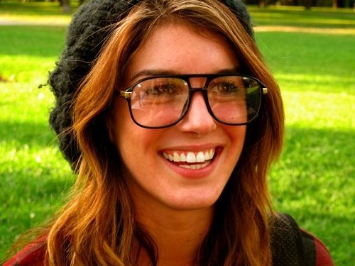 File:Shenae grimes glasses and beanie.jpg