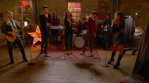 Glee - Roar (Performance)