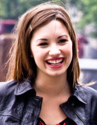 File:Demi Lovato 2 cropped.jpg