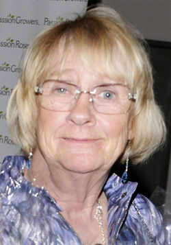 420px-Kathryn Joosten in 2011 (cropped)