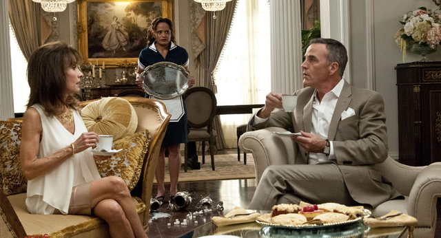 File:Devious Maids 1x04.png