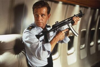 Major Caldwell (William H. Macy)