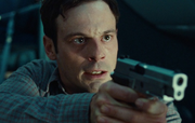 DHS- terrorist mastermind Tom Bowen (Scoot McNairy) in Non-Stop