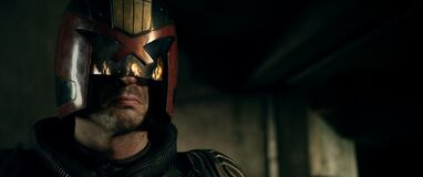 2601077-dredd movie photos 3