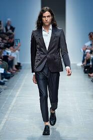 SS13-Milan-Mens-Black-Gold-catwalk-37