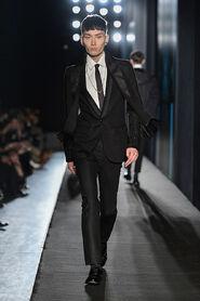 FW13-Milan-Mens-Black-Gold-catwalk-26