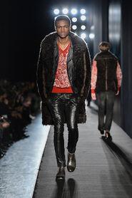 FW13-Milan-Mens-Black-Gold-catwalk-18