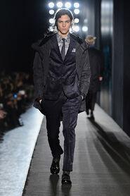 FW13-Milan-Mens-Black-Gold-catwalk-06