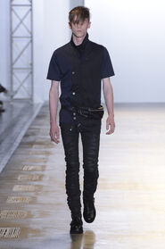 SS16-Milan-Mens-Black-Gold-catwalk-02