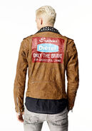 SS15-mens-apparel-west-jacket-l-ulisses-3